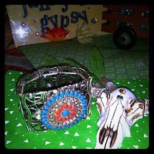 Jewelry - The latest design of junkyard Gypsy repurposed jew